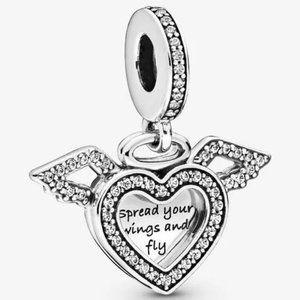 ♉Pandora  Heart and Angel Wings Dangle Charm